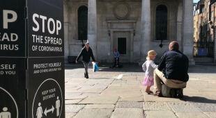 Brytyjczycy proszą o ograniczenie restrykcji w czasie Bożego Narodzenia