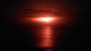 Erupcja wulkanu na archipelagu Galapagos. Zamieszkują go rzadkie zwierzęta